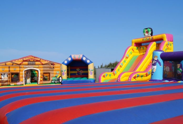 Best Place to Hire the Bouncy Castles and Inflatables in London