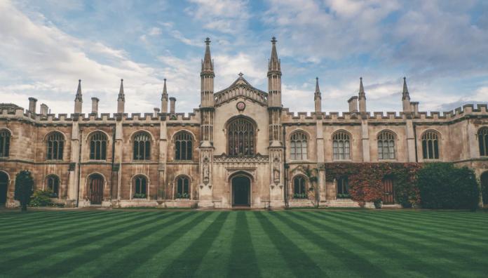 Top 10 Universities in the UK