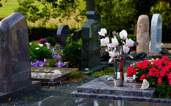 Top 4 Funeral Plan providers in the UK